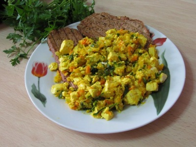 sunshine scramble tofu